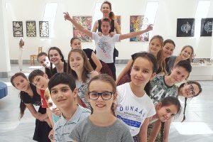 Dunaág Néptáncműhely - Aprók, Cseperedők,Ágacska, Dunaág, Aranyászok,Dunaág Táncklub